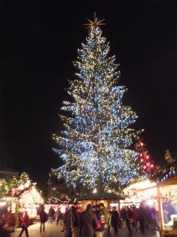 夜のクリスマスマーケット2