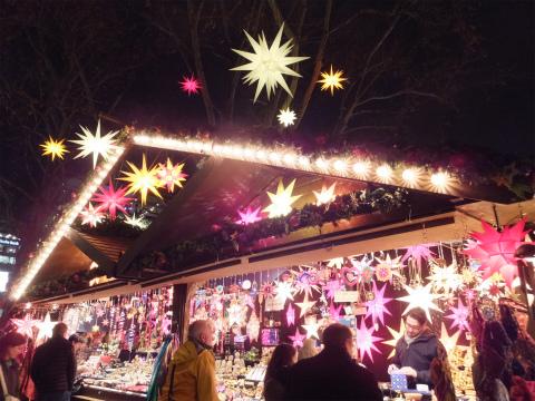 夜のクリスマスマーケット5