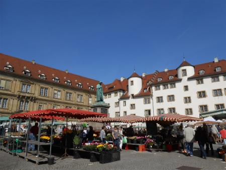 Schillerplatz1