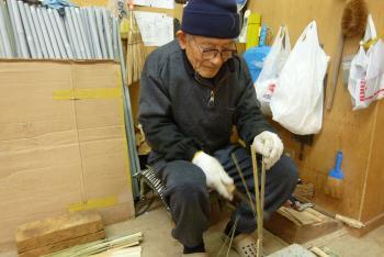 手作り箒の工程①