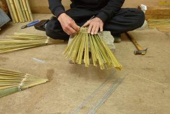 手作り箒の工程③