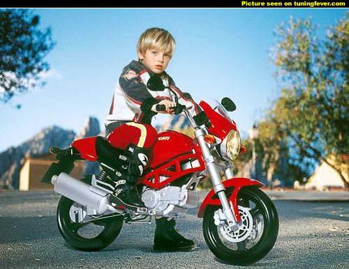 Ducati-kids2.jpg