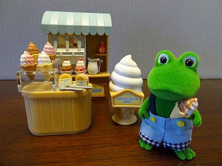 ソフトクリーム屋さん人形