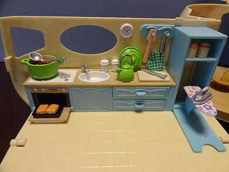 キャラバン キッチン設置
