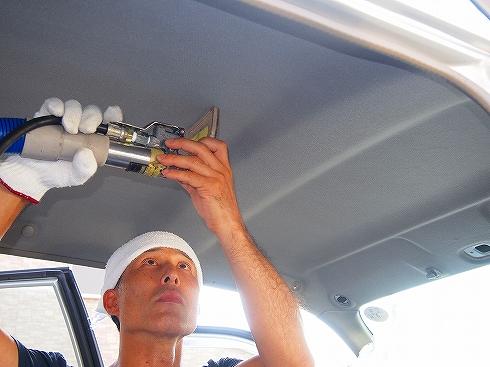 車 天井クリーニング