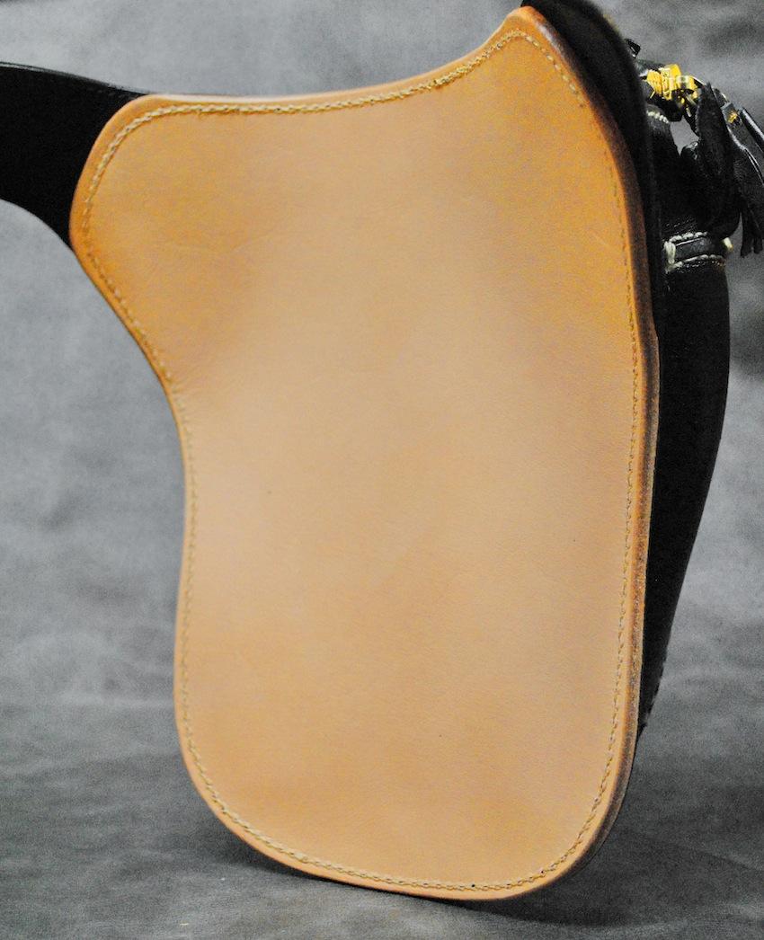oil-hipbag-bk-4.jpg