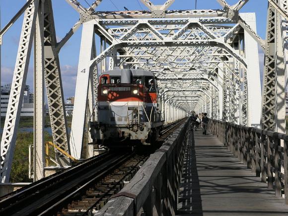 800px-Akagawa-truss_bridge02.jpg