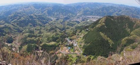 男体山から見た長福山