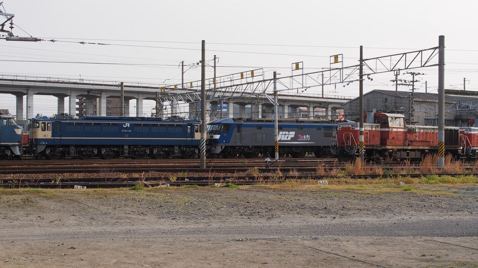 P5040302TR169_R3.jpg