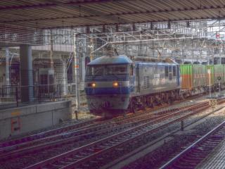 EF210 岡山駅にて HDR