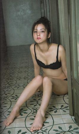 佐々木希の画像009