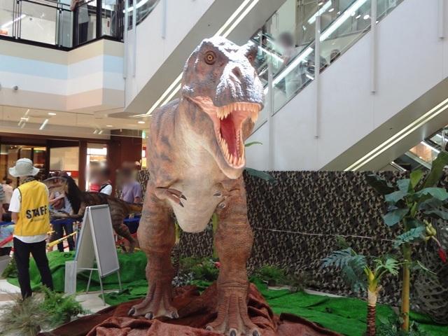 コルトンロボット恐竜展のティラノサウルス