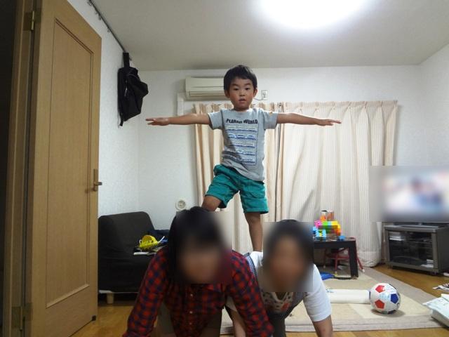 組体操でハイポーズ