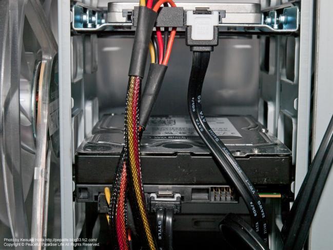 自作PCの配線、SSD、HDDD