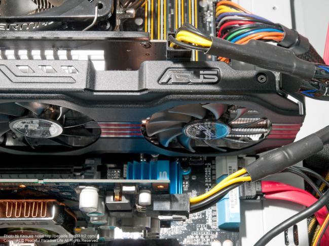 自作PCの配線、グラフィックボード