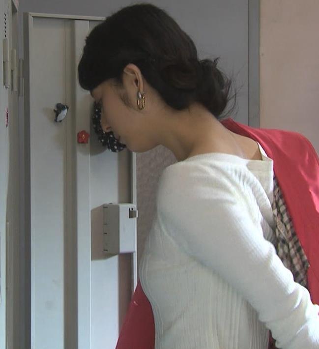 佐々木希 セーター横乳が小さいけどエロいキャプ画像(エロ・アイコラ画像)