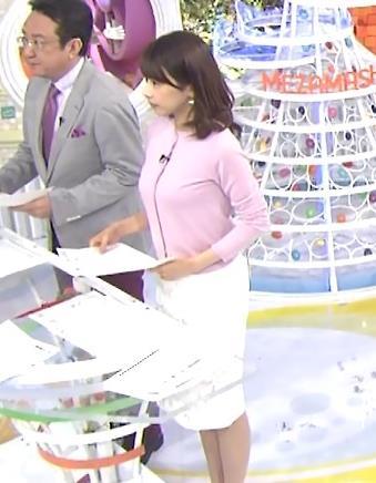 加藤綾子 おっぱい強調衣装