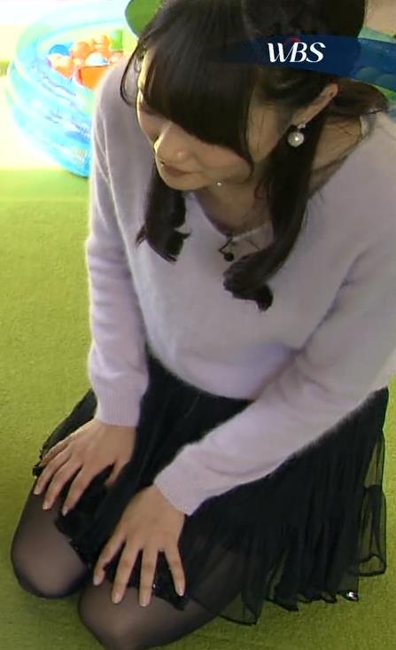 大澤亜季子 ミニスカートキャプ・エロ画像4