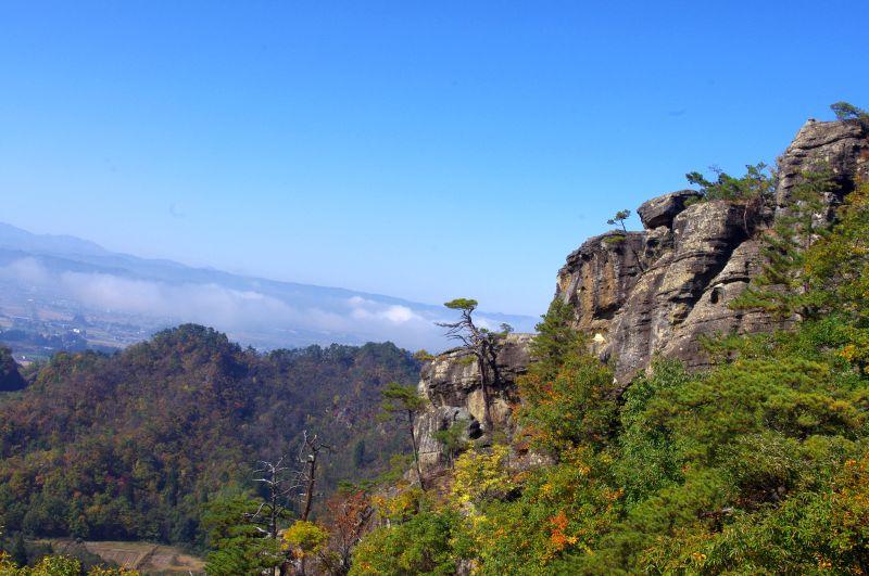 頂上直下岩場からの絶景①