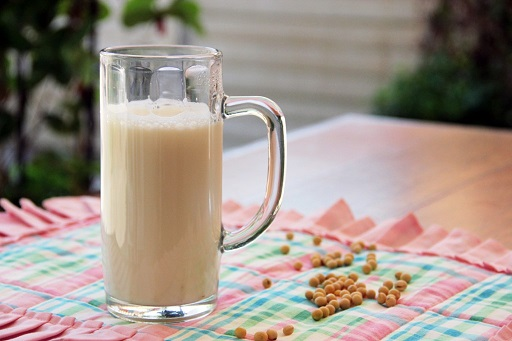soy-milk-1024x682.jpg