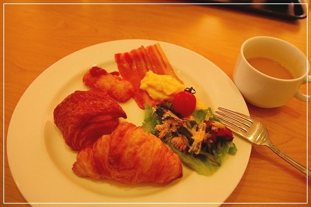 朝食は控えめ^m^ランチを楽しみにね♪