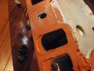 ガスケットを限界まで上に修正液体ガスケットベタ塗り (3)
