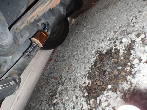 ガソリン漏修理 (3)
