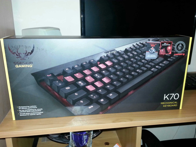 Corsair_Gaming_K70_01.jpg