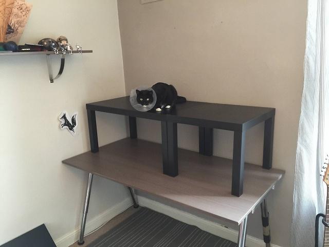 IKEA_LACK_Desk_03.jpg